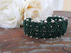 Náramky - Green leaves, zelený makramé náramok - 6382517_