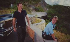 mcdanno hawaii five 0 steve mcgarrett danny williams gifs 5.06 i loved this detail