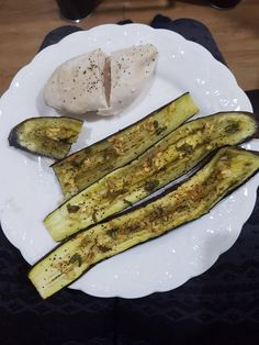 Chicken with roasted egg plant