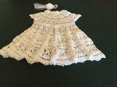 Vestido para niña de 6 a 9 meses tejido en Hilo a crochet