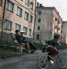 Моряк и женщина у дома, 1966 год Street View