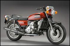 1974 – SUZUKI RE5 ROTARY – WANKEL – 500