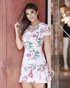 Sport Chic Feminino Plus Size 46 Trendy Ideas Super Cute Dresses, Simple Dresses, Pretty Dresses, Casual Dresses, Fashion Dresses, Chic Dress, Dress Up, Crepe Dress, Cute Fashion