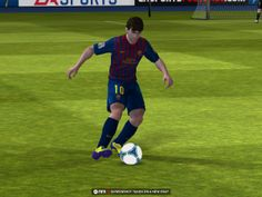 FIFA 13 is indeed a great looking game. Player animations are incredibly smooth and their likenesses are captured eerily well considering this is an iOS game. Although they do have that creepy blank look that so many real world based character models tend to have. A bunch of smaller details will no doubt cause salivary glands to work overtime as well, including balls sporting the proper logos and all the tiny graphics typically found on a player's jersey.