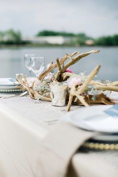 Driftwood as an accent in the reception.