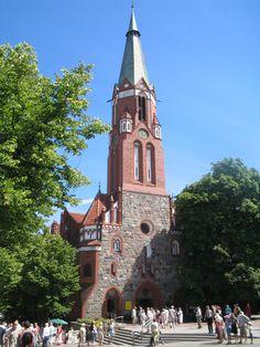 Catedral da Igreja Católica Apostólica Romana de São Jorge em Sopot, voivodia da Pomerânia, Polônia. Esta foi a antiga igreja evangélica do Salvador.  Fotografia: M.Minderhoud.