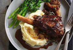 Red wine, balsamic and rosemary braised lamb shanks recipe - 9Kitchen