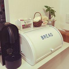 Nespresso, Coffee Maker, Kitchen Appliances, Room, Coffee Maker Machine, Diy Kitchen Appliances, Bedroom, Coffee Percolator, Home Appliances