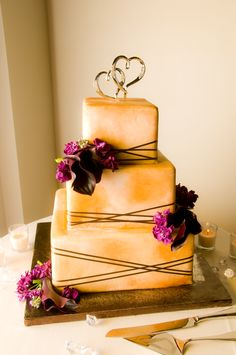 three flavor wedding cake.