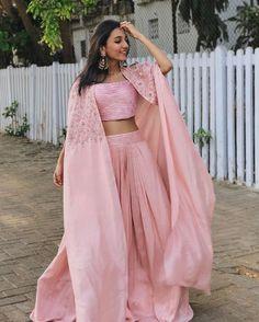 Lehenga for Women: Buy Lehenga Choli Online in India at Cheapest Price Indian Gowns Dresses, Indian Fashion Dresses, Indian Designer Outfits, Designer Dresses, Maxi Dresses, Indian Wedding Outfits, Indian Outfits, Indian Clothes, Mehendi Outfits