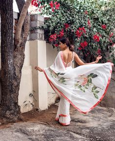 """2,955 Likes, 21 Comments - Aza (@azafashions) on Instagram: """"Sway your way into summer with a floral printed sari for the free spirited soul by @archanaraolabel…"""""""