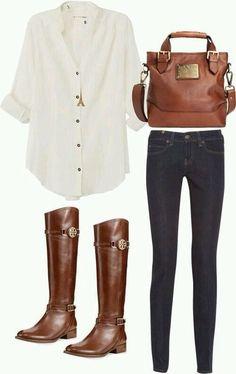 Camisa branca + calça sequinha + botas montaria