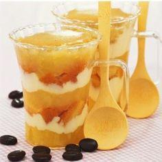Oggi vi presentiamo la ricetta per preparare le nespole al mascarpone, un dessertdelizioso e buonissimo l'ideale per rendere più raffinate le nespole, un