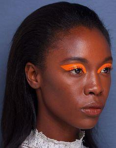 Tendance 2020 : cesliners graphiques qui nous font de l'œil, repérés surPinterest - Grazia Makeup Inspo, Makeup Art, Makeup Inspiration, Beauty Makeup, Makeup Ideas, Makeup Geek, Makeup Remover, Makeup Brushes, Makeup Morphe