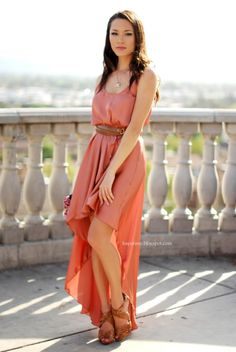 How to Dress Romantic this Spring with Jessica Ricks glamradar.com