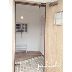 玄関タイルイメージ/平田タイル Entry Hall, Entrance, Mudroom, Facade, Entryway, Doors, Lights, Mirror, Interior