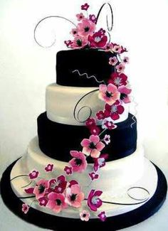 Purpley-pink black & white is our color scheme for the party