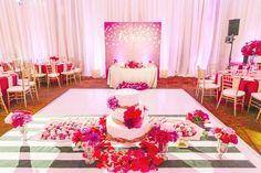 Gorgeous wedding cake table idea; photo: Junshien International Photographers