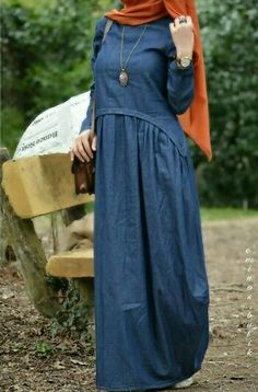 Muslim Dress, Hijab Dress, Islamic Fashion, Muslim Fashion, Abaya Fashion, Fashion Dresses, Denim Maxi Dress, Modele Hijab, Casual Hijab Outfit