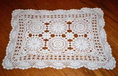 Lovely Vintage Hand Crocheted Lace Doily Centerpiece 12 x 16 White Estate Item