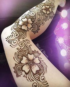32 Sexy Henna Tattoo Design Ideas For Leg Arte Mehndi, Mehndi Art, Henna Mehndi, Henna Art, Mehendi, Leg Henna, Foot Henna, Henna Body Art, Body Art Tattoos
