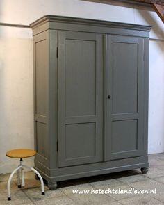 Industriële kast / demontabel / 2145 Tall Cabinet Storage, Furniture, Vintage, Home Decor, Decoration Home, Room Decor, Home Furnishings, Vintage Comics, Home Interior Design