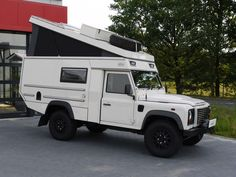 Custom Campers - Land Rover 110 Pick Up