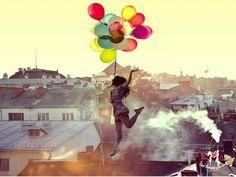100 Magical Levitation Photography Examples to Inspire You - Photodoto Levitation Photography, Art Photography, Dreamy Photography, Inspiring Photography, Photography Tutorials, Creative Photography, Lifestyle Photography, Vance Joy, Jolie Photo