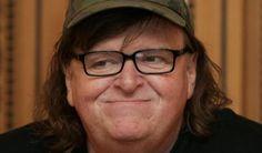 """El cineasta Michael Moore ha advertido desde hace tiempo sobre un posible triunfo de Donald Trump en las próximas elecciones de Estados Unidos. Ha dado cinco razones por las cuales considera que el candidato republicano va ocupar la Casa Blanca. Ahora, tras el debate del lunes pasado, Moore ha refrendado su punto de vista.  """"Se acabó. Trump, el egoísta, el racista, el narcisista, el mentiroso 'ganó'. Todos estamos perdimos. Sus números subirán. Ella [Hillary Clinton] dijo la verdad. ¿Y…"""