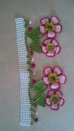 This post was discovered by Su Crochet Borders, Filet Crochet, Crochet Motif, Crochet Lace, Baby Knitting Patterns, Knitting Yarn, Crochet Patterns, Love Crochet, Crochet Flowers