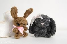 Free crochet pattern: Tiny bunny with straight or floppy ears // Kristi Tullus (spire.ee)