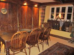 The dining room in The Farm. Knowle Farm dates from the 1300's and once belonged to Glastonbury Abbey.