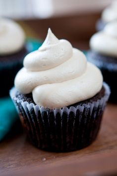 CHOCOLATE STOUT CUPCAKES WITH IRISH CREAM FILLING