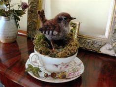 tea cup wren nest by Eve O'Neill Needle Felted Animals, Felt Animals, Teacup Crafts, Felt Tree, Needle Felting Tutorials, Felt Birds, Wet Felting, Soft Sculpture, Felt Ornaments