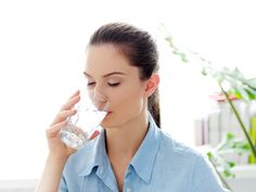 6 Reasons Why You Should Drink Warm Water: To reap the health benefits of warm w. 6 Reasons Why You Should Drink Warm Water: To reap the health benefits of warm water, drink it every morning plain o Benefits Of Drinking Water, Drinking Lemon Water, Drinking Glass, Water Benefits, Reduce Weight, Lose Weight, Weight Loss, Effects Of Drinking, Water In The Morning