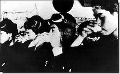 Japanese pilots having their last drink before they ride to their death, ILLUSTRATED HISTORY: RELIVE THE TIMES: Images Of War, History , WW2: Kamikaze!