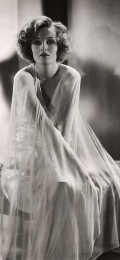 Gwili Andre, 1930s Whatever happened to this beautiful woman? Who is she? What is her story?