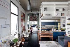 Un loft en gris, bleu, noir et blanc - FrenchyFancy