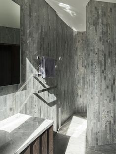 A concrete expert builds a fitting palace for his family. Material World, Concrete, Bathtub, Building, Palace, Image, Bathrooms, Standing Bath, Toilets