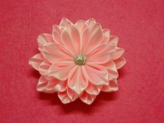 DIY Kanzashi flower,ribbon flower tutorial,how to,easy The ribbon used in the video is 4cm wide