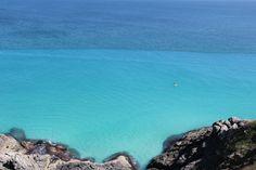 Arraial do Cabo possuí algumas das mais belas praias da Região dos Lagos e do estado do Rio de Janeiro.