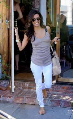 simple but still chic! Eva Longoria