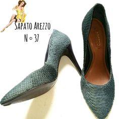 SUPER Sapato Arezzo  N ° 37  De R$ 55 REAIS  POR R$ 35 REAIS 😲   🆙Atendimento c ⏰marcada  📞 Whatsapp  31 8729-0249  💳 Aceitamos débito e cred  #arezzo  #shoes  #green  #sapatos #likes #uohbrecho #brecho #2hand #moda #instagood #pretty #style #girl  #love #brechoinfantil  #cool #good #cute #follow #fashion #fun #igers  #ootd #blogger #inlove #model #blog #belohorizonte #brasil