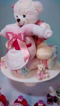 Triciclo de fraldas descartáveis - ursa princesa