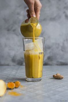 Iced or Hot Vegan Paleo Turmeric Latte | HealthyLaura