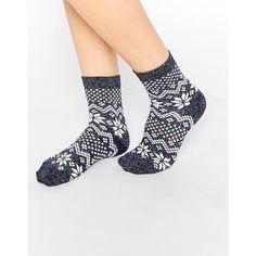 ASOS Holidays Socks With Metallic Fair Isle Pattern ($7.50) ❤ liked on Polyvore featuring intimates, hosiery, socks, blue, patterned hosiery, holiday hosiery, print socks, patterned socks and metallic socks