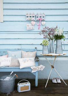 La Favola Incantata® di Ieva Raffaella: Azzurro dentro e fuori per la casa al mare