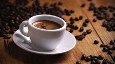 Excess caffeine health warning - EU - BBC News