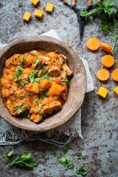 Vegetarian pumpkin stew - Pumpkin stew with Tivall Pumpkin Recipes, Veggie Recipes, Indian Food Recipes, Vegetarian Recipes, Healthy Recipes, Pumpkin Stew, Food Porn, Comfort Food, Vegan Dinners