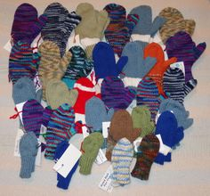 My 2014 donation of mittens, keeping me warm all year round! All Year Round, Mittens, Charity, Kids Rugs, Warm, Knitting, Projects, Gifts, Home Decor
